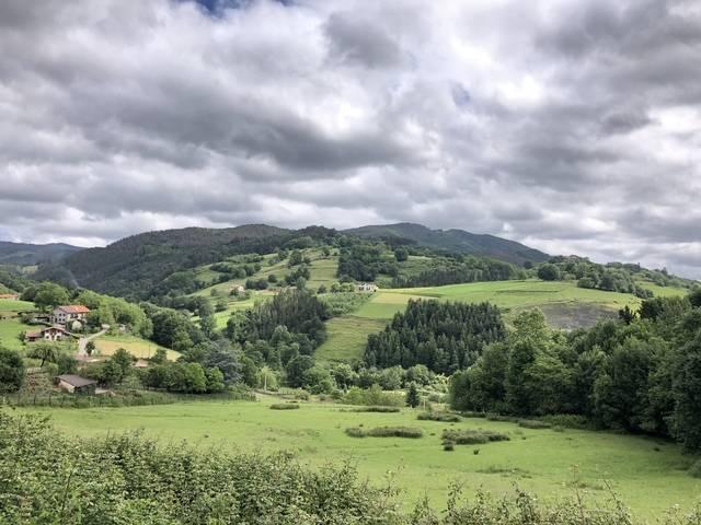 imagen 1 de Venta de terreno con bonitas vistas en Zizurkil