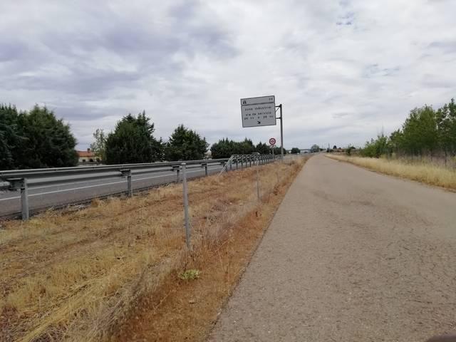 imagen 1 de Venta de finca en Dueñas con buen acceso