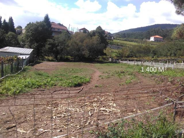 imagen 1 de Venta de terreno en Soutonovo (Pontevedra)