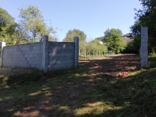 imagen 1 de Venta de terreno vallado en O Campo (Pontevedra)