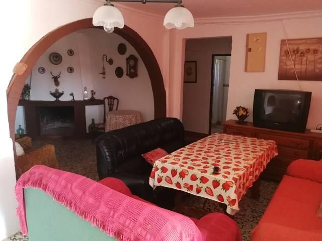 imagen 1 de Venta de casa de campo con terreno en Castilblanco de los Arroyos