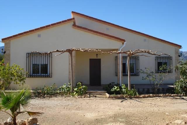 imagen 1 de Venta de casa rural con terreno agrícola en Tortosa