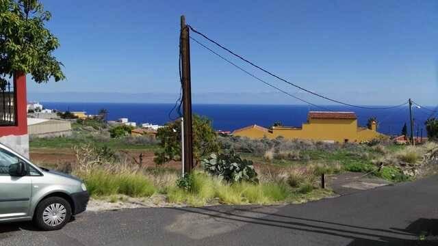 imagen 1 de Venta de parcela a 5 minutos de la playa en Candelaria (Tenerife)