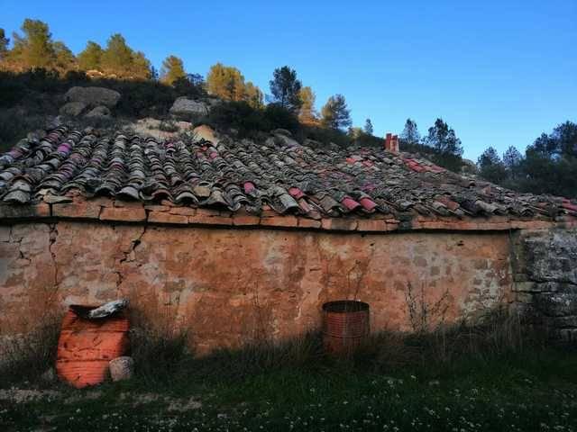 imagen 1 de Venta de finca ecológica con masía en Calaceite (Teruel)
