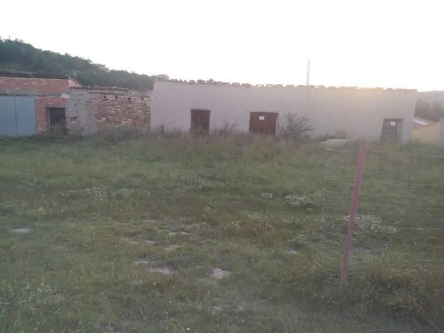 imagen 1 de Venta de terreno con corral y pajar en Escucha (Teruel)