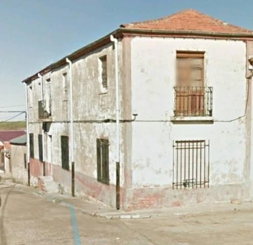 imagen 1 de Venta de casa rural en Tardágulia (Salamanca) con corral y pajar