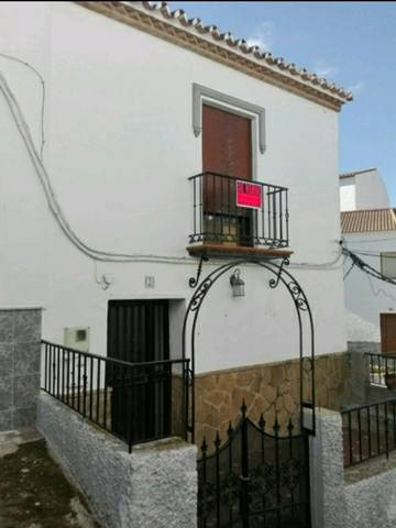 imagen 1 de Venta de casa de pueblo reformada en arales (Málaga)