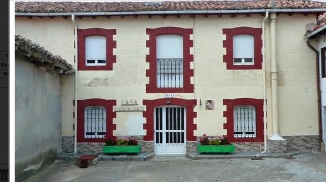 imagen 1 de Venta de casa rural con huerto en Aguilar de Campoo
