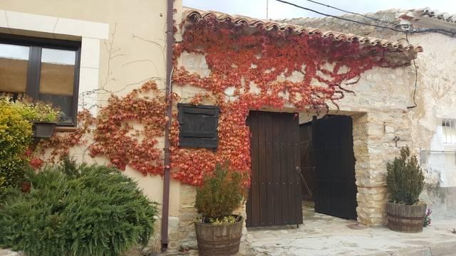 imagen 1 de Venta de casa rural en Anquela del Pedregal (Guadalajara)