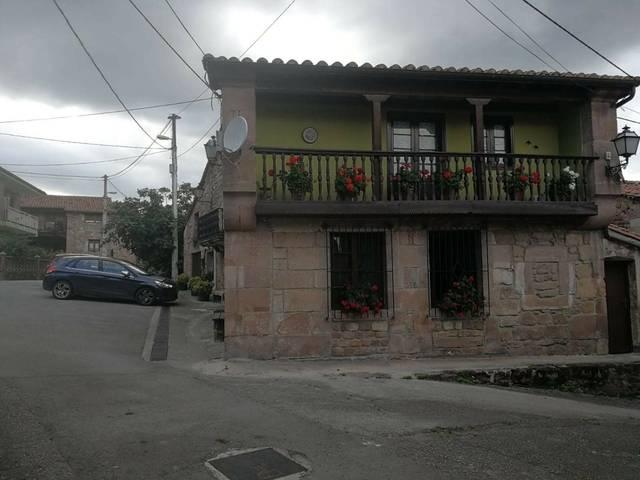 imagen 1 de Venta de casa rural en Cartes (Cantabria)