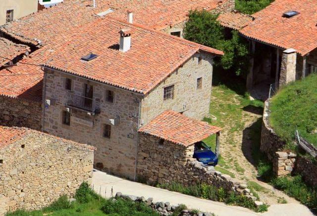 imagen 1 de Venta de dos casas rurales en Navacepeda de Tormes