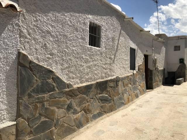 imagen 1 de Venta de casa de pueblo en Abla (Almería)