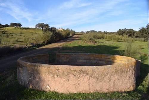 imagen 1 de Venta de finca agrícola y ganadera en Campillo De Llerena (Badajoz)