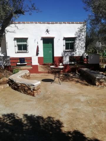 imagen 1 de Venta de Casa de Campo en Fuentes De León (Badajoz)