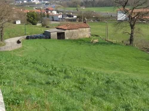 imagen 3 de Venta de finca con ermita en Castañeda (Cantabria)