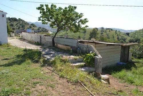 imagen 2 de Venta de finca en Junta de los Caminos (Málaga)