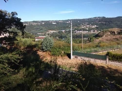 imagen 1 de Se vende parcela en Pereiro de Aguiar