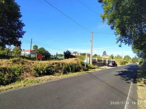 imagen 1 de Se vende parcela en Madrosende