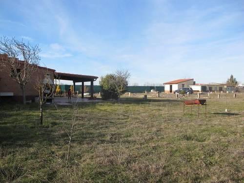 imagen 1 de Venta de terreno con merendero en Tariego de Cerrato ( Palencia)