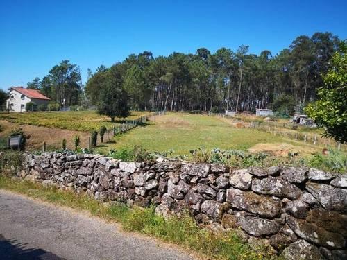 imagen 3 de Venta de finca con horreo en Gondomar (Pontevedra)