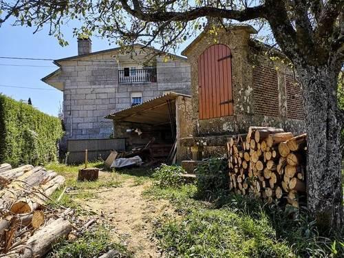 imagen 1 de Venta de finca con horreo en Gondomar (Pontevedra)