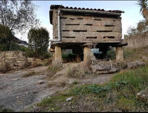 imagen 2 de Venta de bonita finca con casa en Ponte Caldelas
