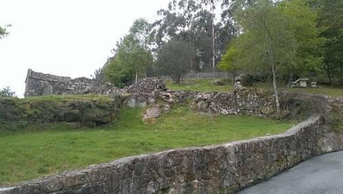 imagen 2 de Venta de preciosa finca con casa en Lameiro (Potevedra)