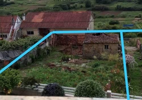 imagen 1 de Venta de terreno con casa en Sanxenxo