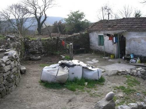 imagen 3 de Venta de terreno con casa en Mondariz (Pontevedra)