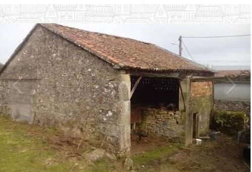 imagen 4 de Se vende terreno con casa en ruinas en Silleda