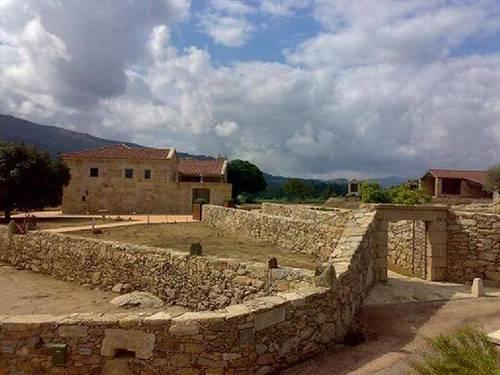 imagen 2 de Venta de finca exclusiva en Arbo (Pontevedra)