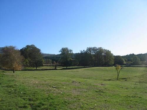 imagen 2 de Venta de finca paradisíaca en Navasfrias (Salamanca)