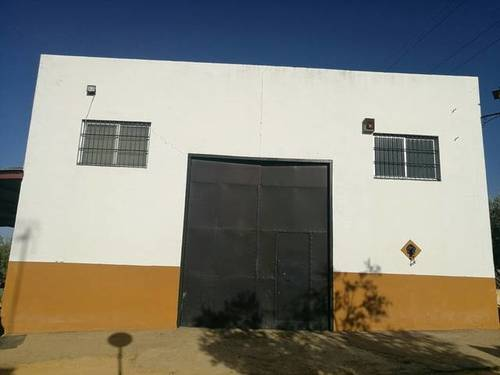 imagen 2 de Venta de finca con casa e instalaciones hípicas en Carmona (Sevilla)