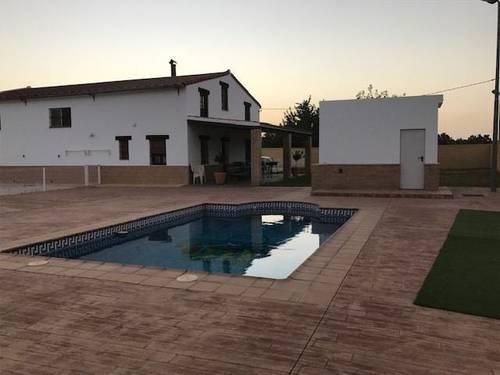 imagen 4 de Venta de terreno con chalet e instalaciones hípicas en Utrera (Sevilla)