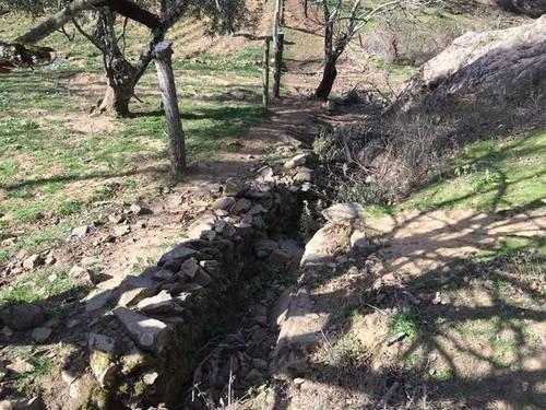 imagen 2 de Venta de finca en entorno natural ubicada en Monesterio