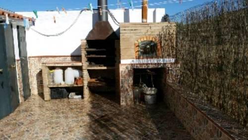 imagen 5 de Venta de finca con cortijo y boxes para caballos en Sevilla