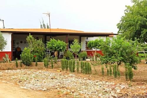 imagen 4 de Venta de casa con terreno en Utrera (Sevilla)