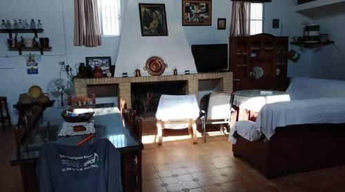 imagen 1 de Terreno con casa y boxes para caballos en Pilas (Sevilla)