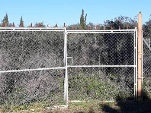imagen 2 de Venta de parcela rústica vallada en Dos Hermanas