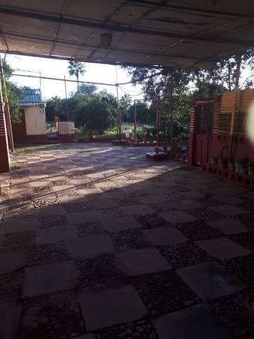 imagen 1 de Venta de parcela con casa en Brenes (Sevilla)