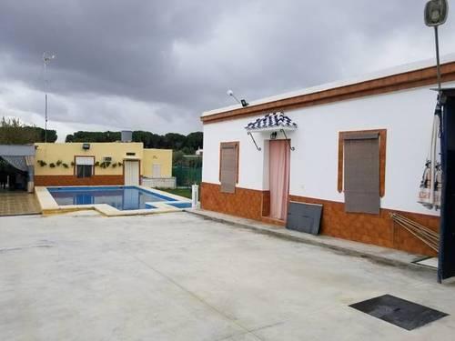 imagen 1 de Venta de finca con vivienda en Paradas (Sevilla)