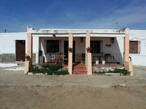 imagen 2 de Venta de casa de campo con terreno en Castilblanco de los Arroyos
