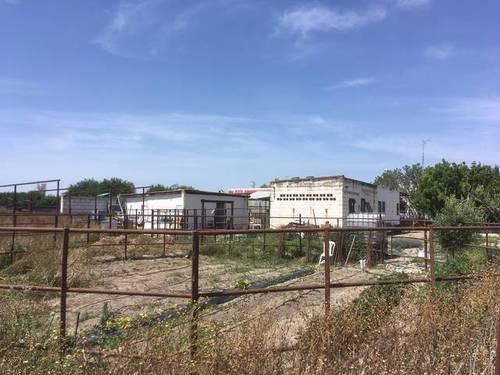imagen 1 de Venta de finca con cuadras para caballos en Lebrija