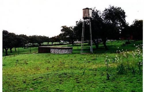 imagen 2 de Venta de bonita finca con cortijo en Castilblanco de los Arroyos