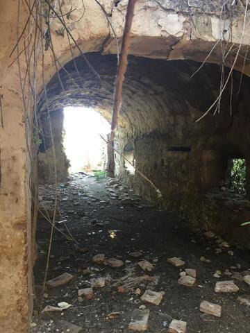 imagen 2 de Venta de parcela con antiguo molino para reformar en Sevilla
