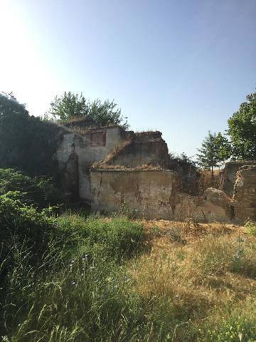 imagen 5 de Venta de parcela con antiguo molino para reformar en Sevilla