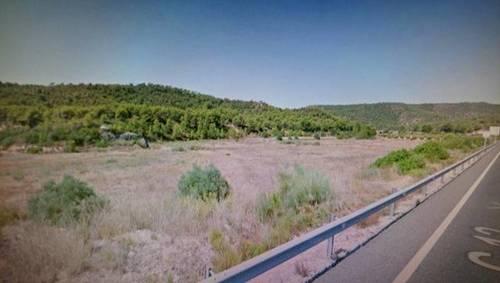 imagen 1 de Venta de finca en Flix (Tarragona)
