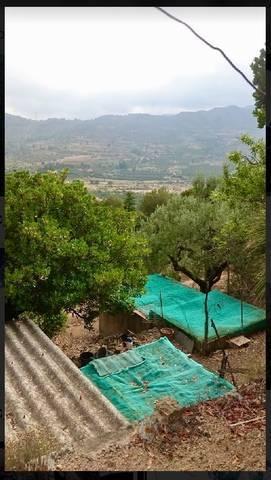 imagen 2 de Venta de finca con vistas a la montaña en Alforja