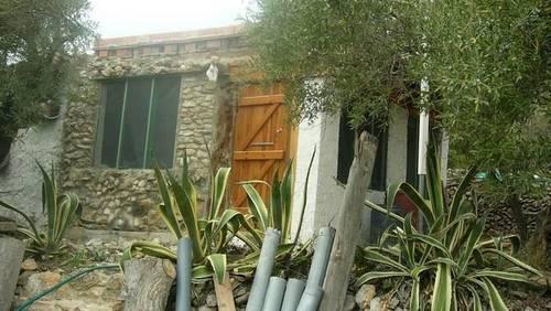 imagen 1 de Venta de chalet y olivar con vistas al mar en L´Ampolla