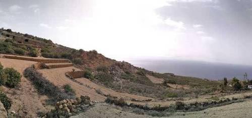 imagen 2 de Venta de terreno rústico con cueva en Lomo de Mena (Tenerife)